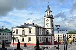 0.2014 Der Marktplatz mit Rathaus in Brzozow.jpg