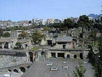 010319 25 Ercolano scavi.JPG