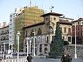 026 Casa Paquet, c. Claudio Alvargonzález 2 (Cimavilla, Gijón).jpg