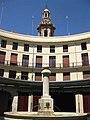 043 Plaça Redona i campanar de Santa Caterina (València).JPG
