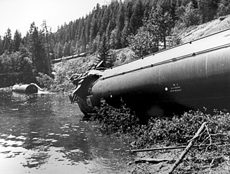 Whitefish Lake (Montana) - Burlington Northern Train Wreck and Oil Spill into Whitefish Lake (Montana) on December 24, 1989, courtesy of Charlie Abell