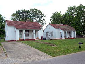 Village Number 1, Alabama - Houses on Norris Circle in April 2017