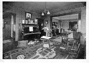 Straube Piano Company - 1901 Straube Cabinet Grand in a house (c. 1901, Bellingham, Washington)