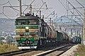 2ТЭ10М-3242 с грузовым поездом, Минводы - Георгиевск.jpg