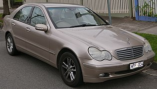 2002 Mercedes-Benz C 180 Kompressor (W 203 MY03) Elegance sedan (2015-07-09) 01.jpg