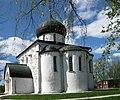 2011.05.09 3277 Георгиевский собор в Юрьеве Польском.JPG