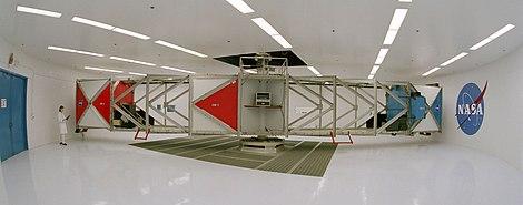 سانتریفوژی به قدرت 20g در مرکز فضایی ناسا ، گروههای آموزش ابتدایی بهارستان