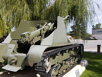 Verdeja - The Verdeja 75 mm Self-Propelled Howitzer, with the gun system visible