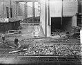Aanleg sluizen in Tiel vlechtmatten leggen, Bestanddeelnr 904-2488.jpg