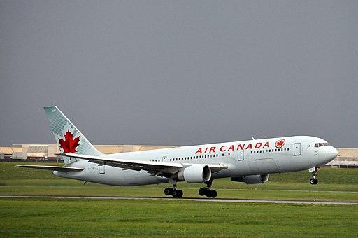 Air Canada Boeing 767 C-GHPD