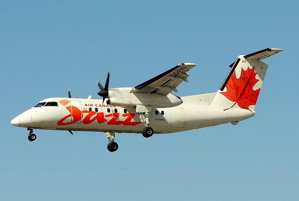 Air Canada Jazz De Havilland Canada DHC-8-102 Dash 8 C-GANQ 833 (7097889771)