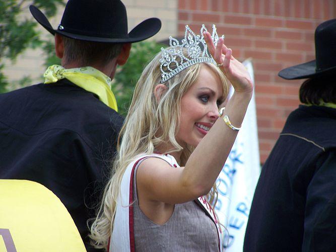Alesia Fieldberg 2008 2.jpg