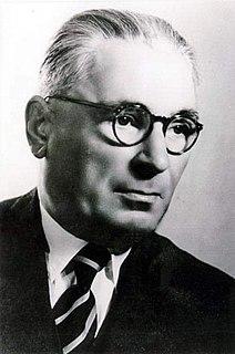 Ali Këlcyra Albanian politician and co-founder of the Balli Kombëtar (1891-1963)