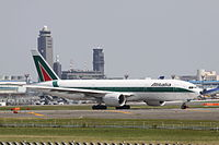 I-DISU - B772 - Alitalia