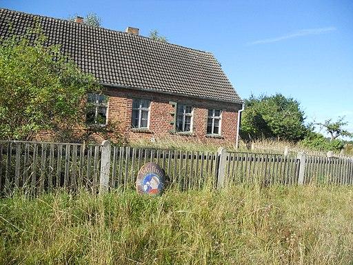 Altes verlassenes Wohnhaus