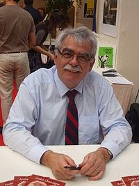 André Chassaigne à la foire du livre 2010 de Brive la Gaillarde.JPG
