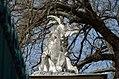 Animal sculpture on Tiergarten wall, Schönbrunn 10.jpg