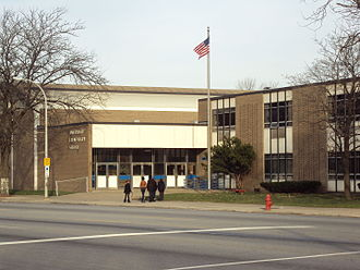 River Rouge, Michigan - Image: Ann Visger Elementary School 2