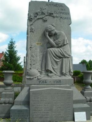 War memorials (Oise) - The war memorial at Antheuil-Portes