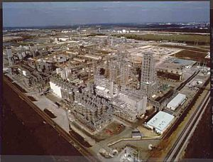 Phillips disaster of 1989 - Aerial view of the Phillips plant prior to the explosion, looking from the southwest to the northeast