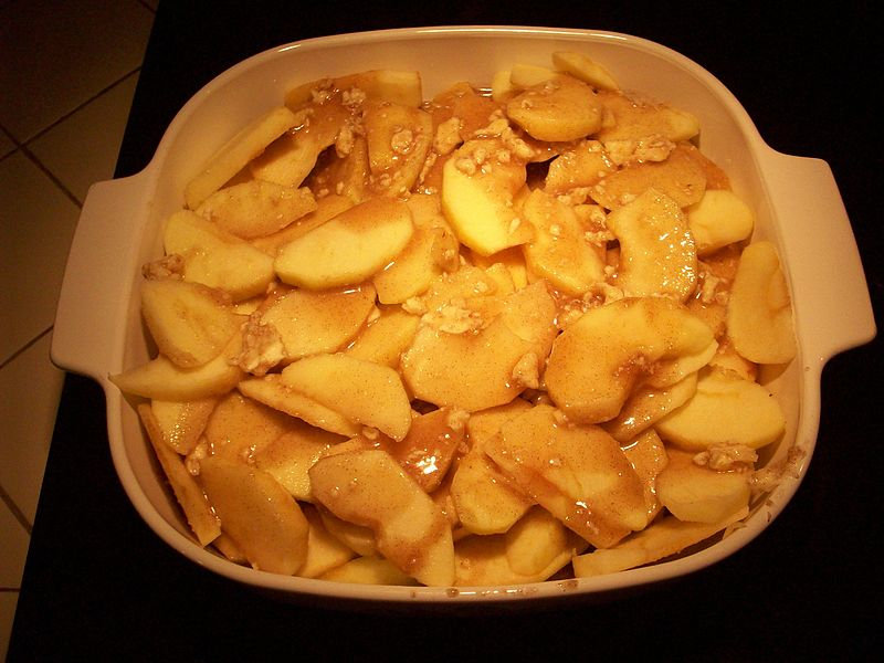 Apple Cobbler With Pie Filling And Cake Mix