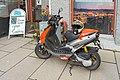 Aprilia scooter 2003 model 02.jpg