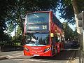 Au Morandarte Flickr London United ADH33 on Route 27, Turnham Green (10192242835).jpg