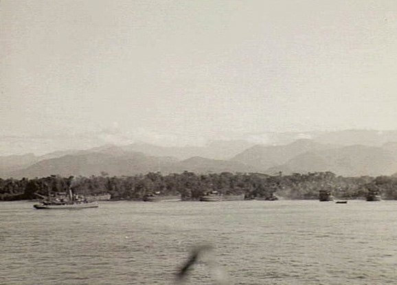 Australian 9th Division amphibious landing east of Lae September 1943 (AWM photo 042371)