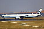 B-KPU - Cathay Pacific - Boeing 777-367(ER) - PEK (13058899154).jpg