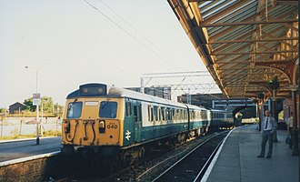 Altrincham Interchange - Image: BR multiple unit at Altrincham station geograph.org.uk 199795