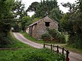 Barn at Austins - geograph.org.uk - 554546.jpg