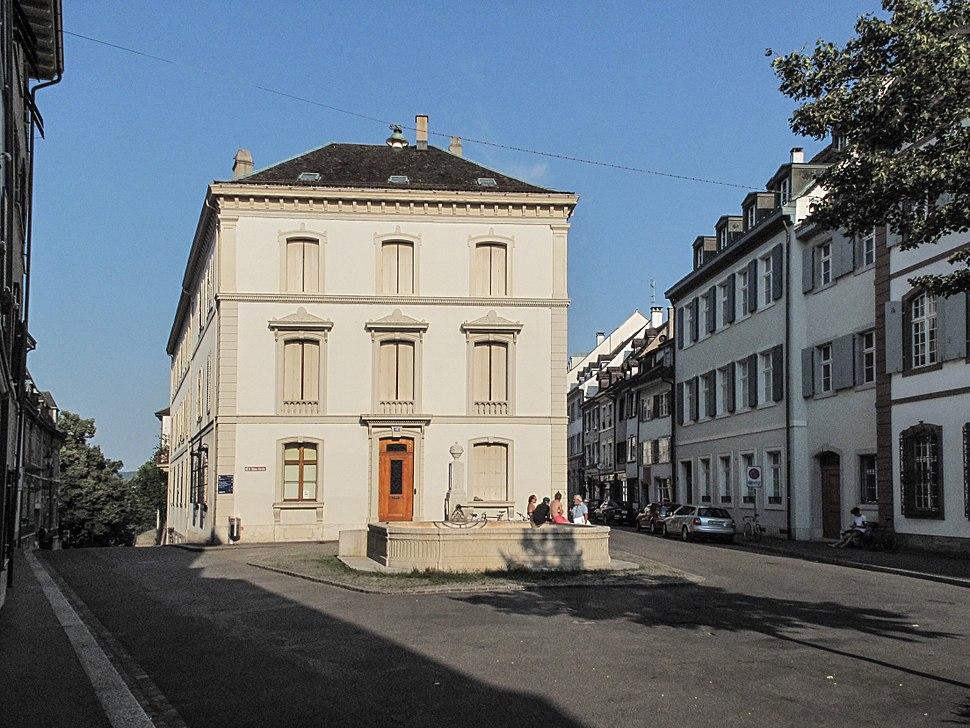 Basel, straatzicht bij Sankt Alban Vorstadt 49a foto2 2013-07-20 18.30