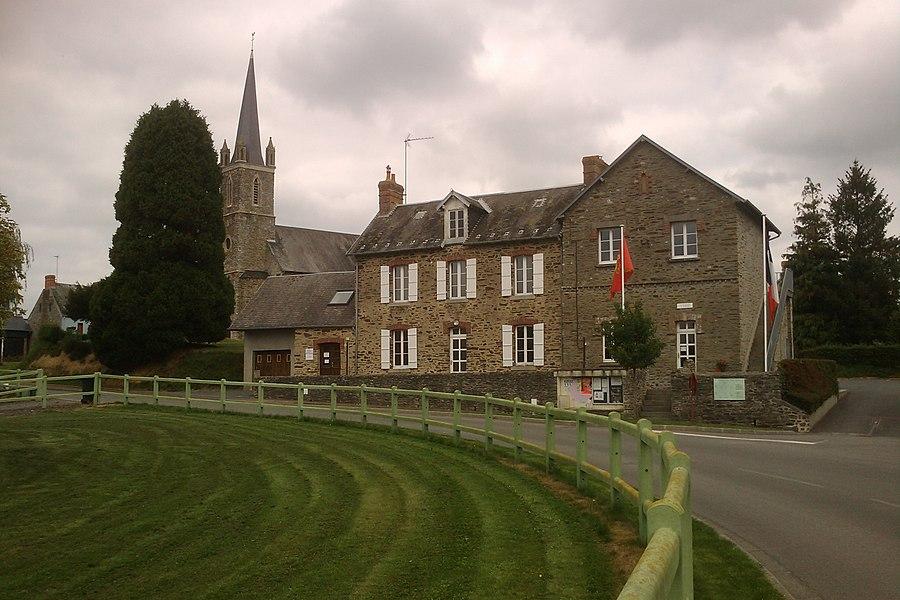 Mairie de fr:Baudre en premier plan et son église en second plan