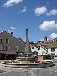 Bavans - Place et clocher.JPG