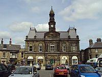 Benkid77 Buxton town hall 080809.JPG