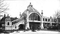 Nollendorfplatz, Unbekannt [Public domain], via Wikimedia Commons