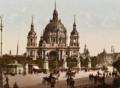 Berliner Dom Schlossbrücke um 1900.png