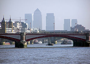 Blackfriars Bridge - Image: Blackfriars.road.bri dge.arp.750pix