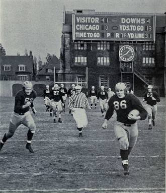 Bob Westfall - Westfall runs for a touchdown against Chicago, 1939.