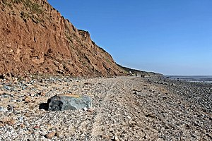 Dee Cliffs - Image: Boulder deposition, Thurstaston Beach (geograph 2866012)