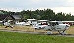 Brasschaat Cessna Skyhawk OO-EVH 05.jpg