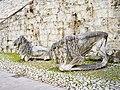 Brescia Castello due leoni Domenico Ghidoni 2.jpg