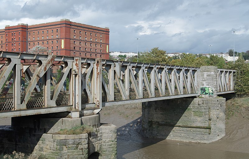 File:Bristol MMB «V4 Ashton Avenue Bridge.jpg
