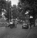Bundesarchiv B 145 Bild-F003101-0005, Berlin, Zonengrenze, Grenzübergang.jpg