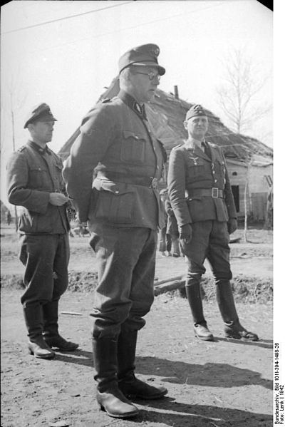 ss vs Wehrmacht Uniform ss And Wehrmacht Officers