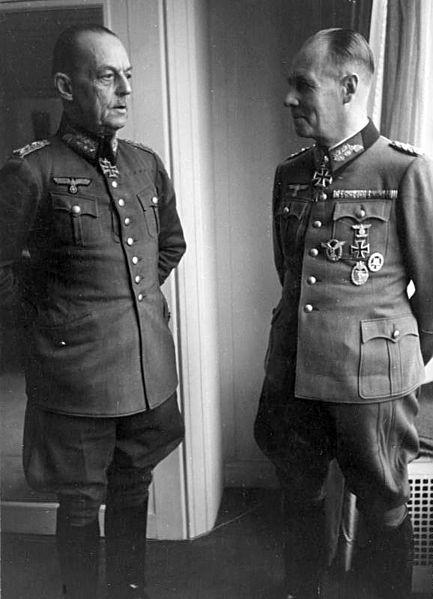 File:Bundesarchiv Bild 101I-718-0149-17A, Paris, Rommel und von Rundstedt.jpg