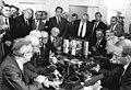 Bundesarchiv Bild 183-1988-0904-120, Leipzig, Herbstmesse, Honecker, Bräutigam.jpg