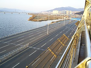 Buk District, Busan - Gangbyeon Expressway