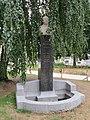 Buste Jean Revel - square Verdrel.jpg