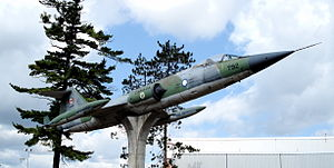 CF104 starfighter borden 1.jpg